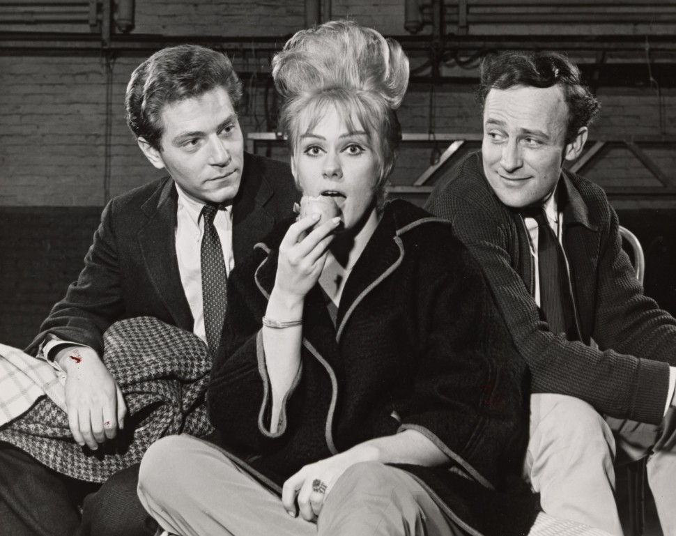 """George Segal, Tammy Grimes, and Edward Woodward in rehearsal for <i>Rattle of a Simple Man</i>""""><figcaption> <span class="""