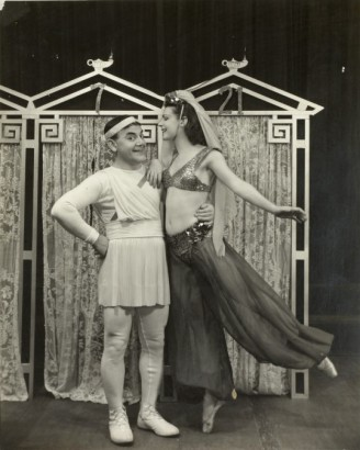 The_Boys_From_Syracuse_Production_Photo_1938_Jimmy Savo (Dromio of Syracuse) and Heidi Vosseler Billy Rose Theatre Division _HR.jpg