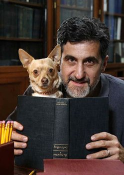 """Bill Berloni with Chico, the original Bruiser in <i>Legally Blonde</i>. """"><figcaption> <span class="""