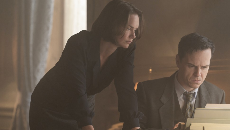 """Ruth Wilson and Andrew Scott in <i>Oslo</i>""""><figcaption> <span class="""