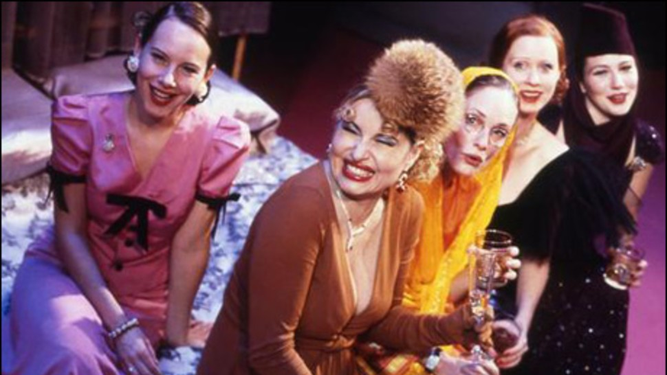 Amy Ryan, Jennifer Coolidge, Lisa Emery, Cynthia Nixon and Lynn Collins in Broadway's <i>The Women</i>, 2001″><figcaption> <span class=